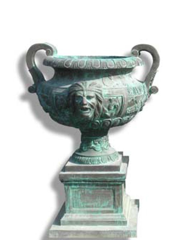 Bronze urn with Satyrs
