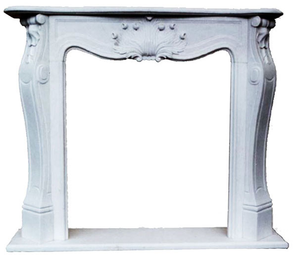 Fireplace in Acanto Marble art.7. Fireplace in white Carrara marble with hand-carved ornament. The single central acanthus leaf that adorns the front, gives a touch of elegance and simplicity to the fireplace embellished also by simple lateral friezes. The dimensions of the fireplace are adaptable on customer request.
